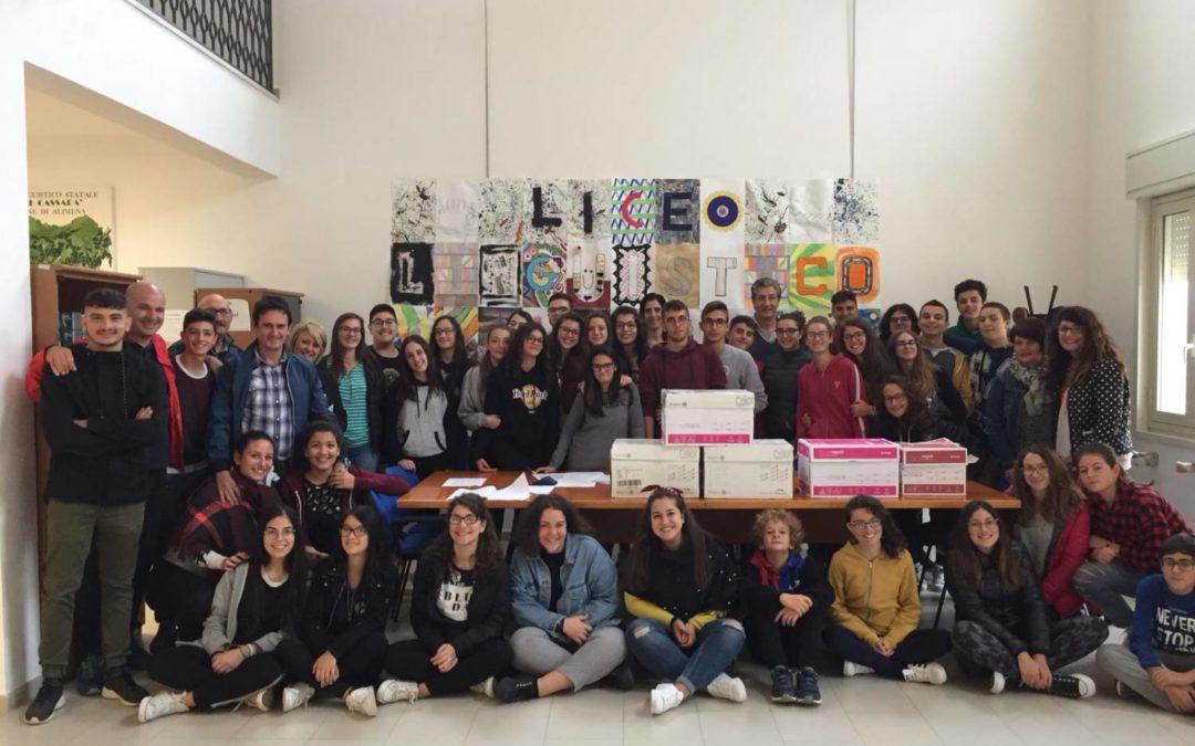 LICEO LINGUISTICO, L'Associazione Filippo Valenza dona carta fotocopie per tutte gli studenti